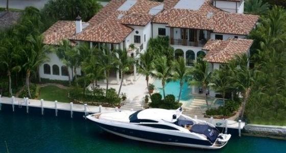 Cum poti cumpara casa viselor tale?