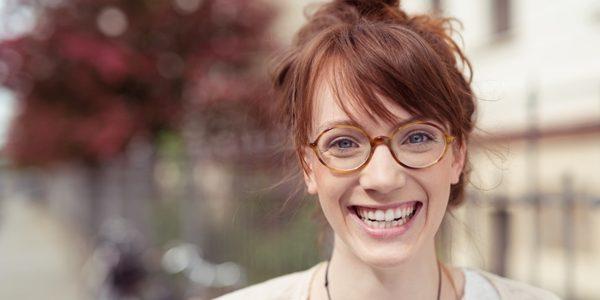 Rame ochelari de vedere – sfaturi utile pentru persaoanele care vor sa cumpere rame de ochelari