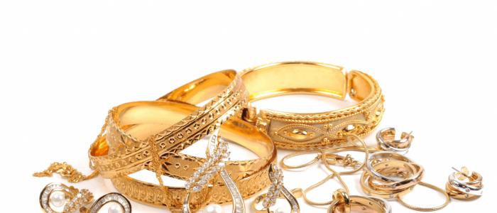 Ce aur se foloseste pentru confectionarea bijuteriilor?