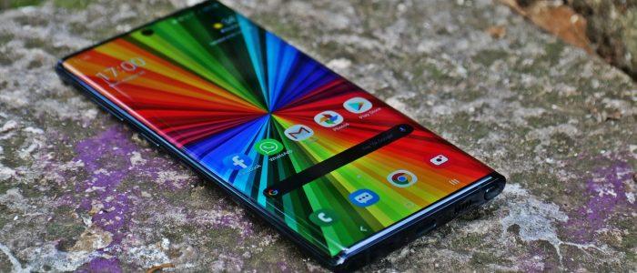 Cele mai bune telefoane Samsung din prezent spre care te poti orienta atunci cand vrei un telefon nou