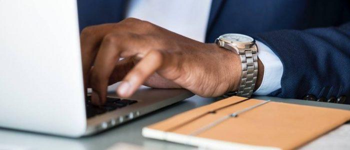 Cum trebuie sa procedati cand va vindeti laptopul?