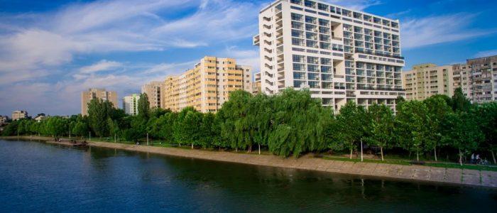 Este rentabil sa cumperi un apartament la ultimul etaj al blocului?